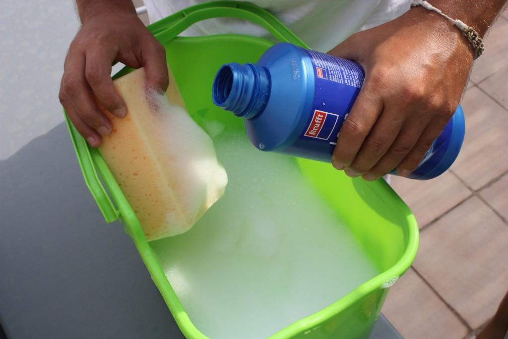 Como quitar una pintada en un coche for Como quitar pintura de agua del piso