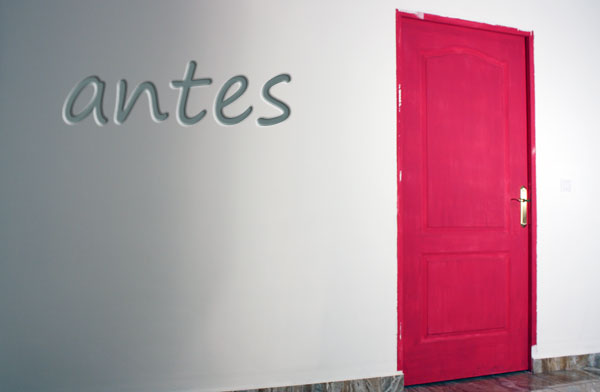 C mo pintar las puertas con eggshell for Pintar marcos de puertas