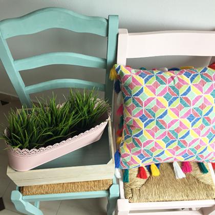 Dale color a tus sillas con Chalk Paint