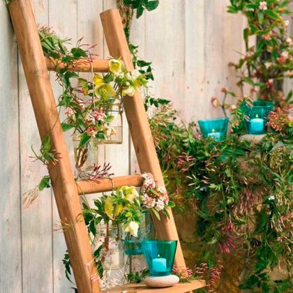 5 formas de reciclar una vieja escalera en tu decoración