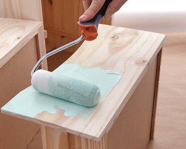 Pintura para madera for Como pintar un mueble lacado