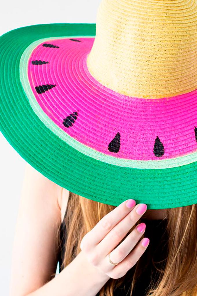 fleur paint spray sombrero