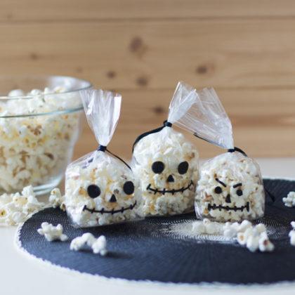 Palomitas terroríficamente divertidas para Halloween